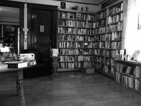 Sundance b&w shelves